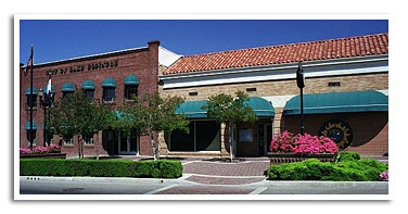 City Hall on Main Street, Lake Elsinore